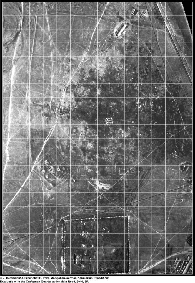 Älteres russisches Luftbild von Karakorum und Erdene Zuu.