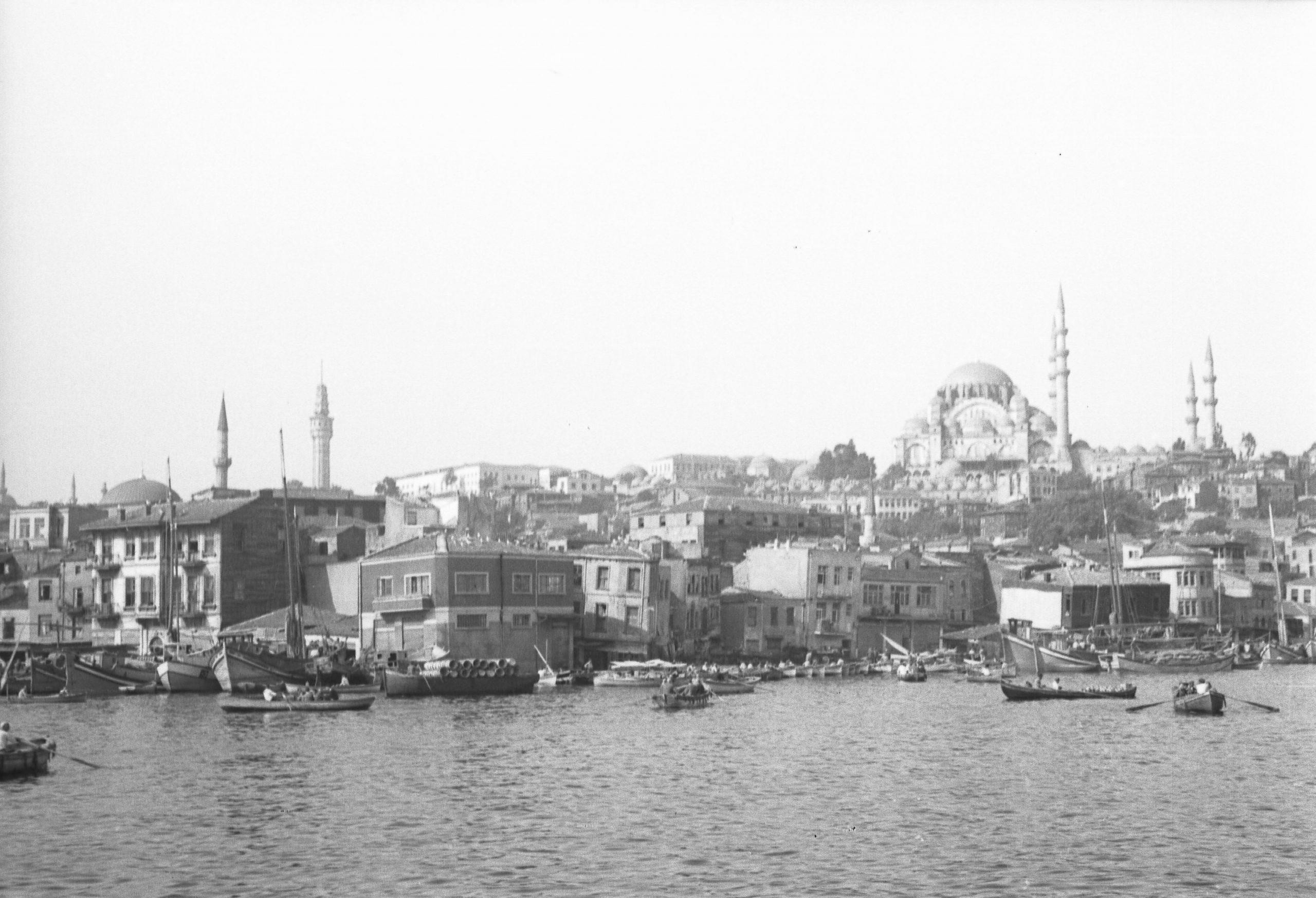 A. Eckstein, Süleymaniye Camii, Tahtakale ve Haliç Güney Kıyıları, 1945