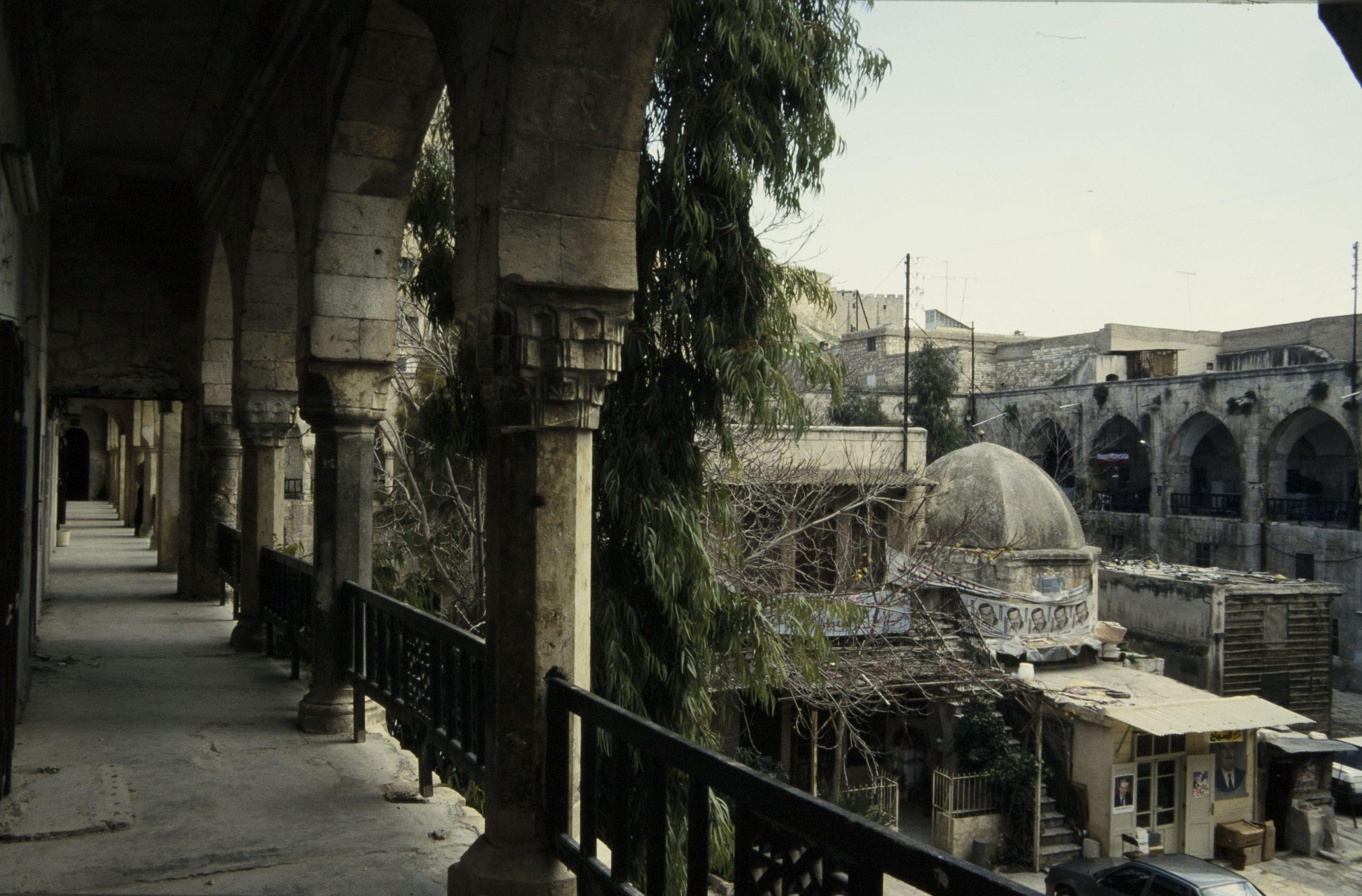 Syria - Aleppo – Khan al Wazir / 1999 / D-DAI-IST-FP-04029
